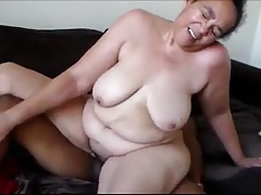 Thick Yellow Bone MILF getting IT